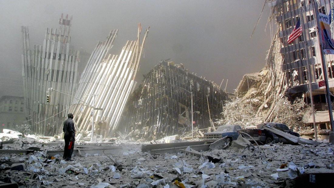 911150120115629-wtc-attacks-file-0911-super-169